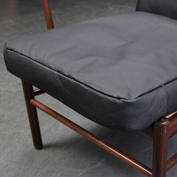 Cushion set for Ole Wanscher's Colonial Chair, model PJ 149(2) - Deszine Talks