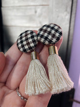 Load image into Gallery viewer, Highland Tassel Earrings