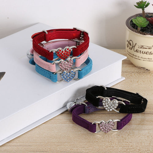 1Pc Heart Shape Bell Pet Collar