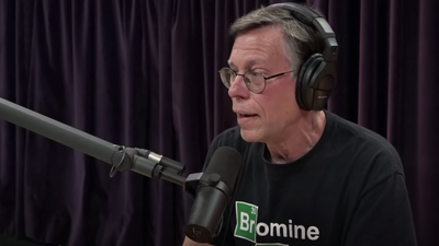 Joe Rogan Talks to Bob Lazar About Technology, Evolution, and Alien Life