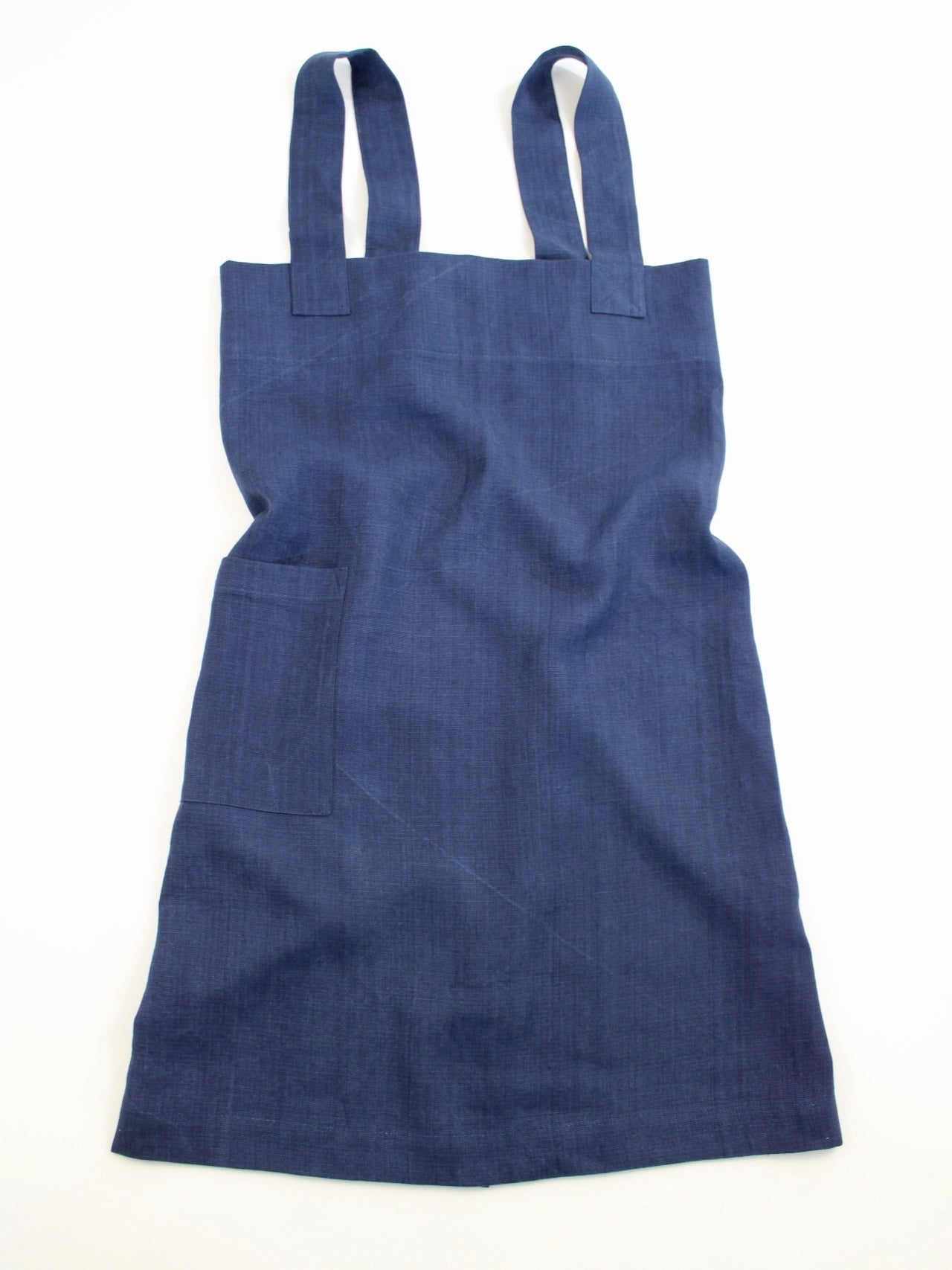 Linen cross back apron Navy Blue Aged