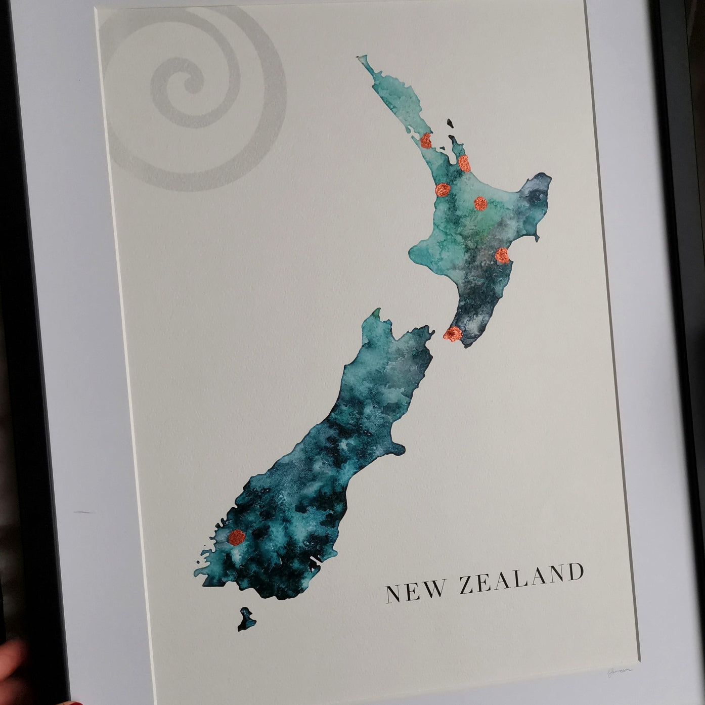 Kai Smokehouse have close ties with New Zealand and wanted their logo on the print.