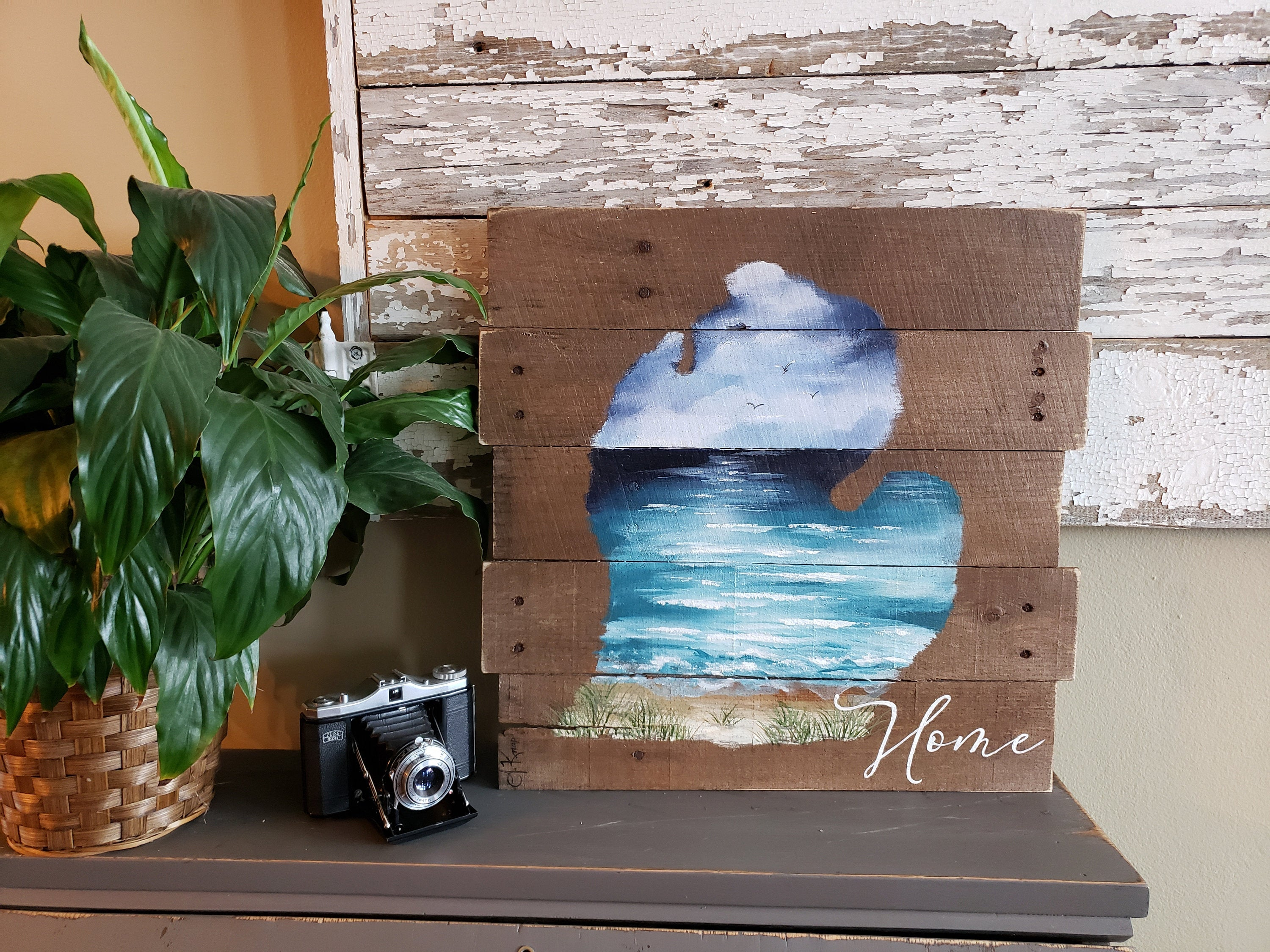 State of Michigan beach painting on pallet wood, Pure Michigan, hand painted home word sign
