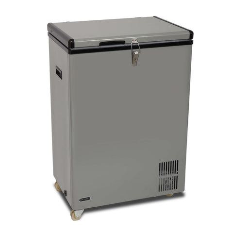 Whynter Wheeled Portable Fridge/Freezer 95 Quart