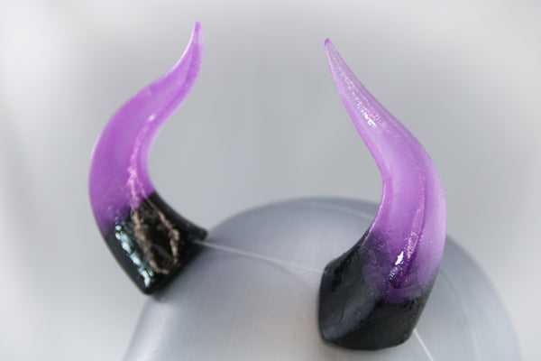 Poison Specialty Color Cast Resin Horns