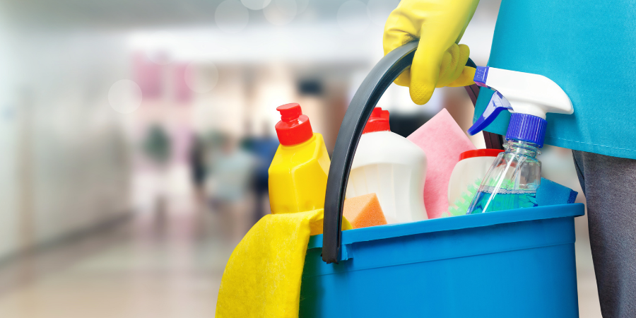 8 Hidden Toxins Lurking in Your Cleaning Products