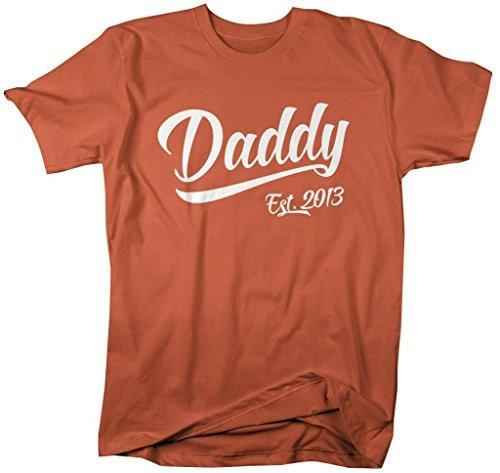 Shirts By Sarah Men's Daddy Est. 2013 T-Shirt Fathers Day Shirts-Shirts By Sarah