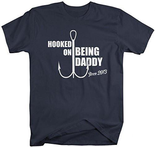 Shirts By Sarah Men's Hooked On Being Daddy Since 2013 T-Shirt-Shirts By Sarah