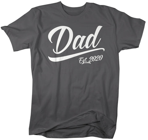 2020 Fathers Day Ideas Men's Dad Gift EST. 2020 T Shirt New Baby Reveal Idea Gift