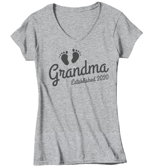 Women's Grandma Established 2020 Baby Feet Shirt Promotion New Baby Reveal Cute Shirts-Shirts By Sarah