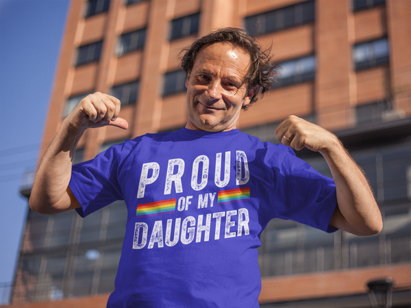 Men's Proud LGBT Mom T Shirt LGBT Mom Shirts Proud Of My Daughter Shirt LGBT Pride T Shirts Grunge Tee-Shirts By Sarah