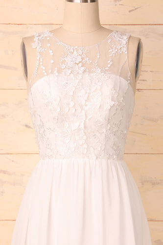 Robe appliques blanches