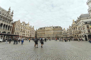 Fashion in Brussels Grand Place, Europe's capital and Europe's new center of fashion?
