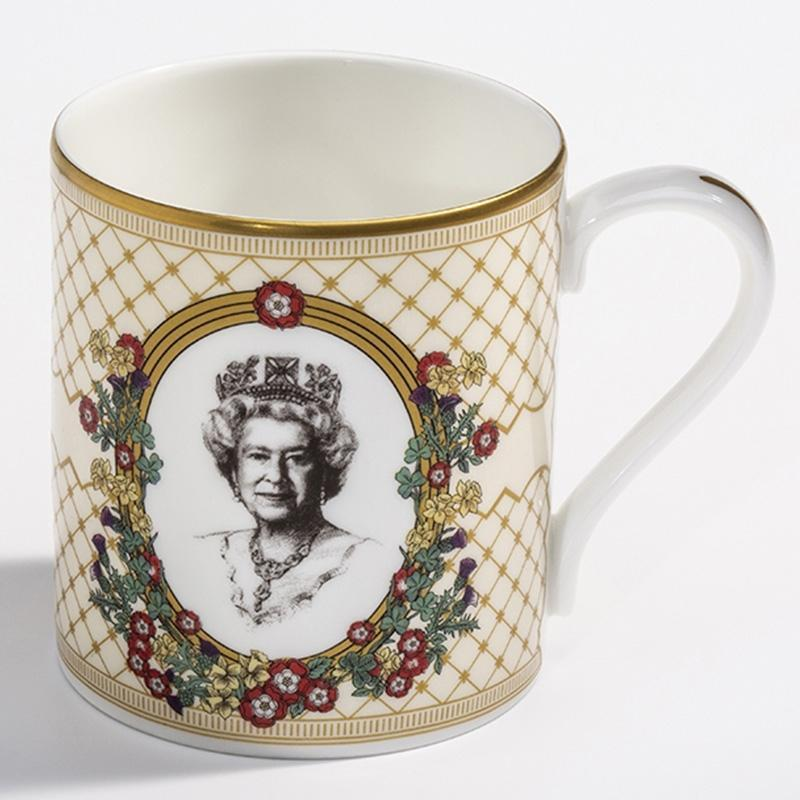 HM The Queen Mug