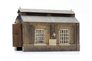 DAPOL C007 OO/1:76 ENGINE SHED - (PRICE INCLUDES DELIVERY)