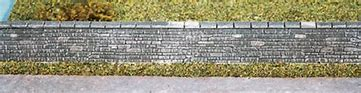 WILLS SS36 OO/1:76 DRESSED STONE WALL - (PRICE INCLUDES DELIVERY)