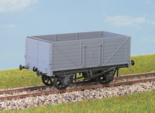 Load image into Gallery viewer, PARKSIDE MODELS PC69 OO/1:76 7-PLANK 12 TON COAL WAGON - (PRICE INCLUDES DELIVERY)