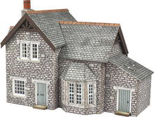 Load image into Gallery viewer, METCALFE PN158 N GAUGE GARDENER'S COTTAGE - (PRICE INCLUDES DELIVERY)