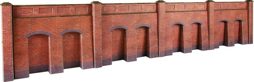 METCALFE PO244 OO/1.76 RETAINING WALL BRICK STYLE - (PRICE INCLUDES DELIVERY)