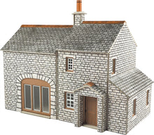 Load image into Gallery viewer, METCALFE PO259 OO/1:76 CROFTER'S COTTAGE - (PRICE INCLUDES DELIVERY)
