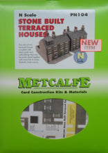 Load image into Gallery viewer, METCALFE PN104 N GAUGE STONE BUILT TERRACED HOUSES - (PRICE INCLUDES DELIVERY)