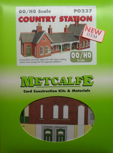 METCALFE PO237  OO/1.76 COUNTRY STATION - (PRICE INCLUDES DELIVERY)