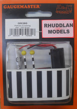Load image into Gallery viewer, GAUGEMASTER GM 380 OO/1:76 PELICAN CROSSING - (PRICE INCLUDES DELIVERY)