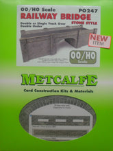 Load image into Gallery viewer, METCALFE PO247 OO/1.76 RAILWAY BRIDGE STONE STYLE - (PRICE INCLUDES DELIVERY)