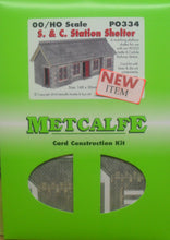 Load image into Gallery viewer, METCALFE PO334 OO/1:76 STATION SHELTER SETTLE CARLISLE  - (PRICE INCLUDES DELIVERY)