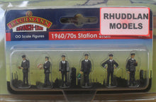 Load image into Gallery viewer, BACHMANN SCENECRAFT 36-405 OO 1960/70 STATIONSTAFF - (PRICE INCLUDES DELIVERY)