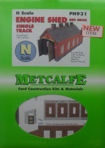 METCALFE PN931 N GAUGE ENGINE SHED RED BRICK SINGLE TRACK - (PRICE INCLUDES DELIVERY)