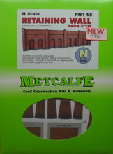 Load image into Gallery viewer, METCALFE PN145 N GAUGE RETAINING WALL BRICK STYLE - (PRICE INCLUDES DELIVERY)