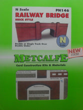 Load image into Gallery viewer, METCALFE PN146 N GAUGE RAILWAY BRIDGE BRICK STYLE - (PRICE INCLUDES DELIVERY)