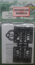 Load image into Gallery viewer, RATIO 213 N GAUGE STATION/STREET LAMPS - (PRICE INCLUDES DELIVERY)