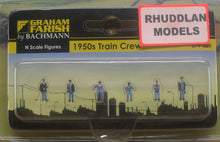 Load image into Gallery viewer, GRAHAM FARISH 379-320 N GAUGE 1950 TRAIN CREW - (PRICE INCLUDES DELIVERY)