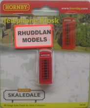 Load image into Gallery viewer, HORNBY SKALEDALE R8580 00/1:76 TELEPHONE KIOSK - (PRICE INCLUDES DELIVERY)