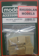 Load image into Gallery viewer, MODEL SCENE ACCESSORIES NO.5081 OO/1:76 PALLETS ASSORTED - (PRICE INCLUDES DELIVERY)