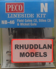 Load image into Gallery viewer, PECO LINESIDE NB-46  N GAUGE FIELD GATES (3) STILES (3) & WICKET GATE - (PRICE INCLUDES DELIVERY)