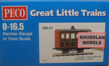 Load image into Gallery viewer, PECO GREAT LITTLE TRAINS OR-31 0-16.5 NARROW GAUGE 4 WHEEL BOX COACH/BRAKE MARRON LIVERY - (PRICE INCLUDES DELIVERY)