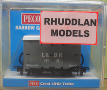 Load image into Gallery viewer, PECO GREAT LITTLE TRAINS GR-220D NARROW GAUGE BOX VAN L&B LIVERY - (PRICE INCLUDES DELIVERY)