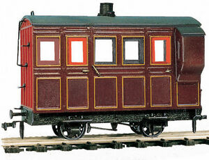 PECO GREAT LITTLE TRAINS OR-31 0-16.5 NARROW GAUGE 4 WHEEL BOX COACH/BRAKE MARRON LIVERY - (PRICE INCLUDES DELIVERY)