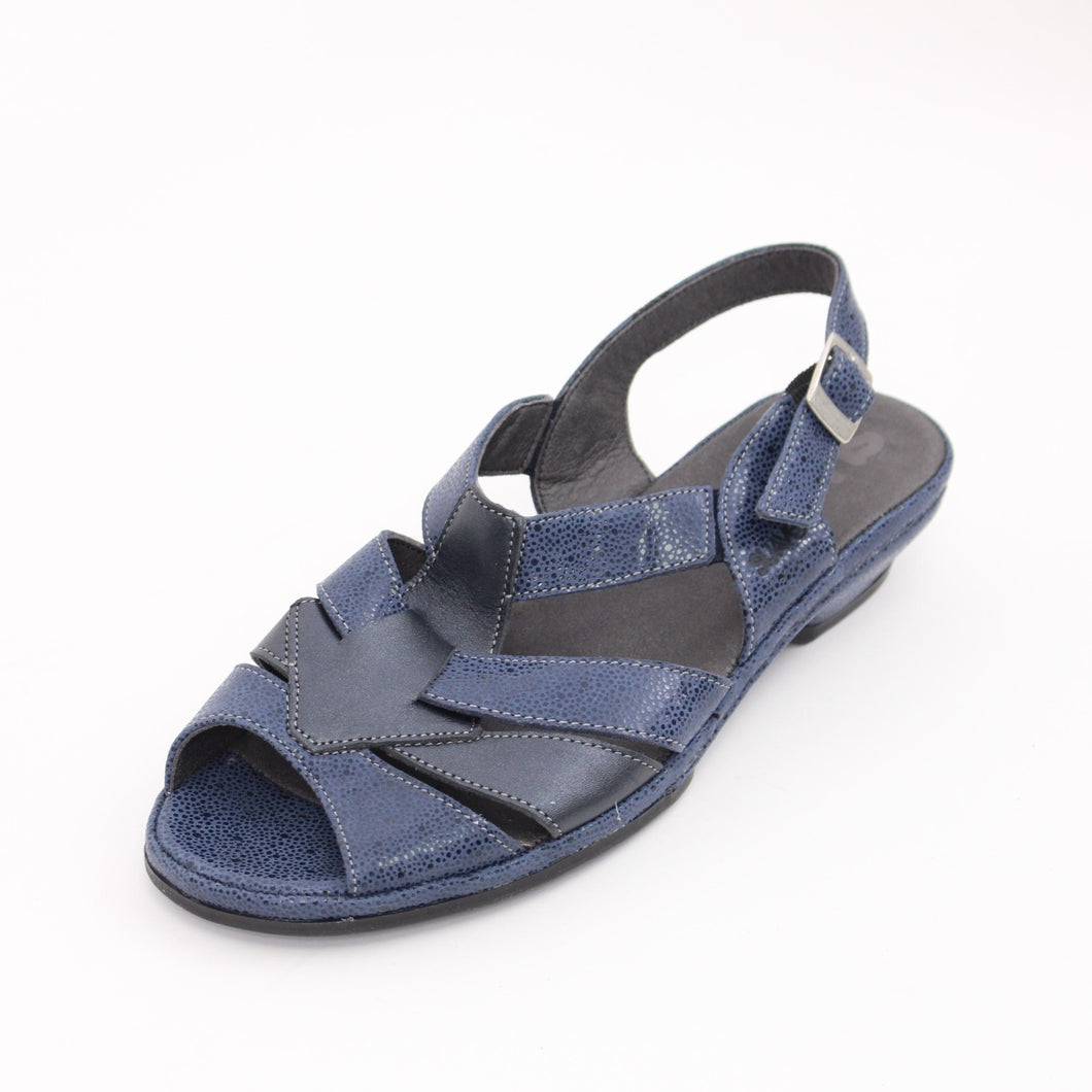 317 Suave Ladies Blue Sandal Size 4