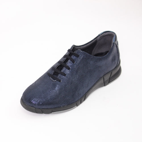 416 Suave Navy Print Ladies Lace Up Casual Shoe Size 4