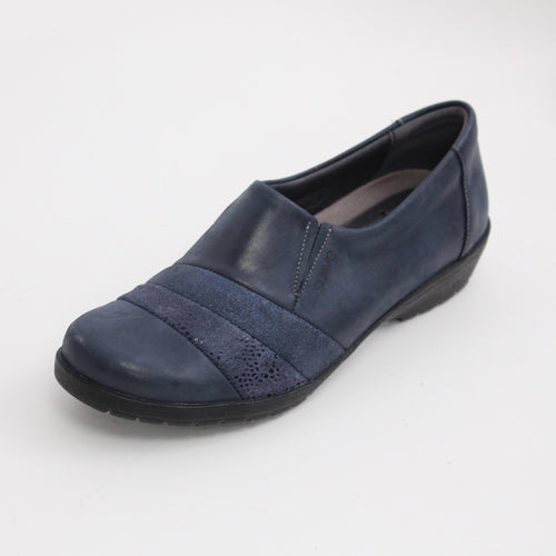 353 Suave Navy Ladies Casual Shoe size 4