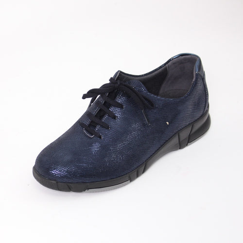 423 Suave Navy Print Ladies Lace up Casual Shoe Size 4