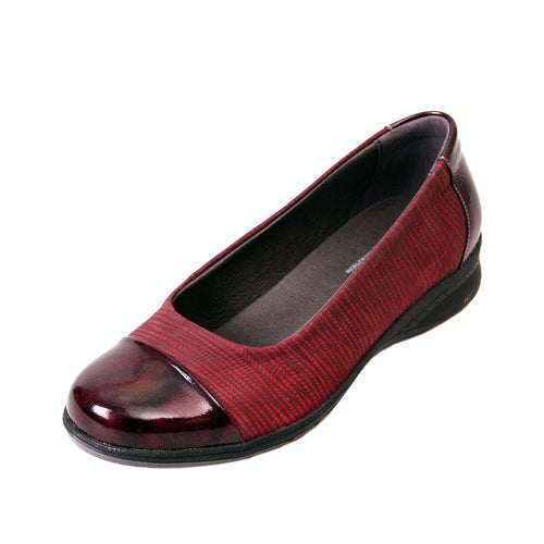 204 Suave Beth Burgundy Print/Patent Casual Shoe size 4
