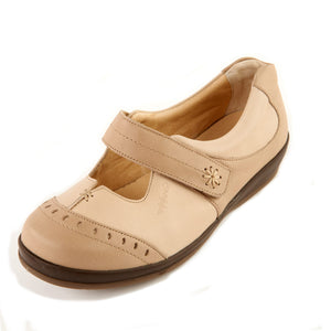 300 Sandpiper Filton Stone/Beige Extra Wide Casual Shoe size 4