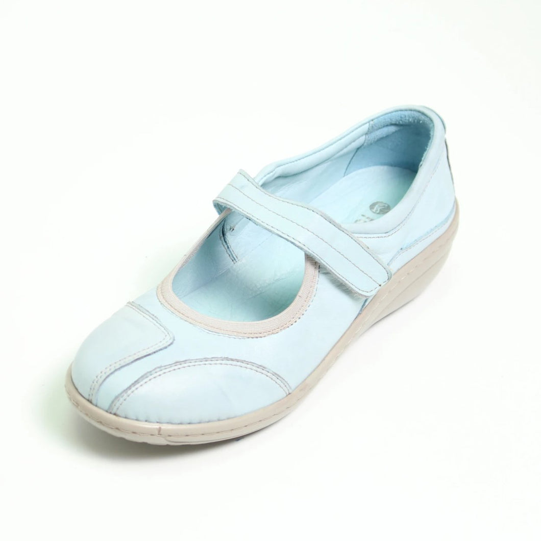 027 Footsoft Clare Denim Casual Shoe size 4