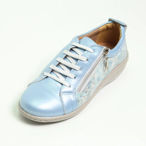 052 Footsoft Denim Print Lace up Casual Shoe size 4