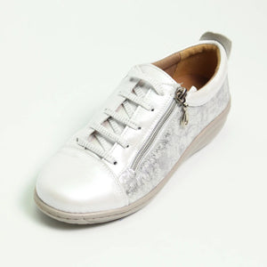 053 Footsoft White Print Lace Casual Shoe size 4